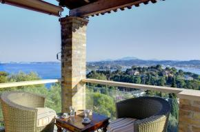gallery/kommeno great view house